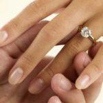 Как выбрать украшение для помолвки?