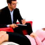 Когда необходима помощь психолога при проблемах с детьми?